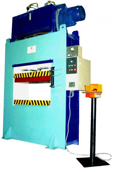 MONOBLOCK hydraulic press